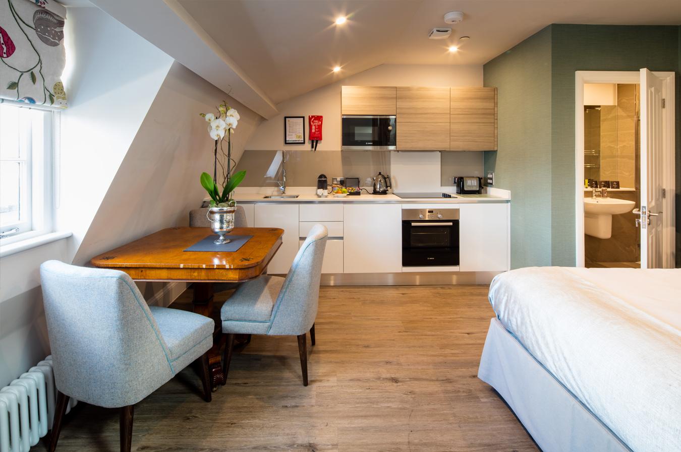 Apartment 13 – Superior Studio