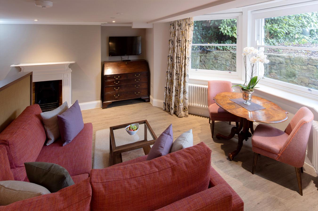 Apartment 3 – Junior Suite